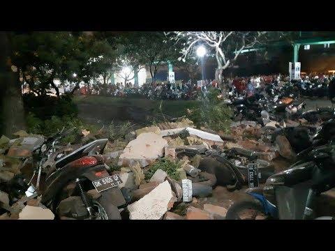 Indonesia Earthquake Magnitude 7 Earthquake Rocks Indonesia's Lombok Bali Island