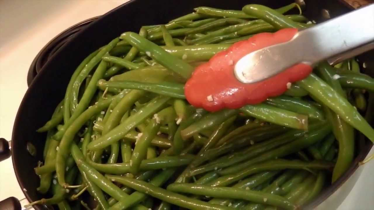 Recipe: Garlic and Olive Oil Sauteed Green Beans - YouTube
