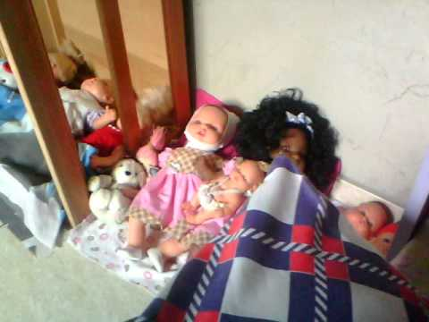 Nosso cantinho de bonecas atualizado