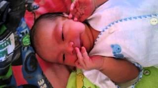 Lucunya bayi saat baru lahir....