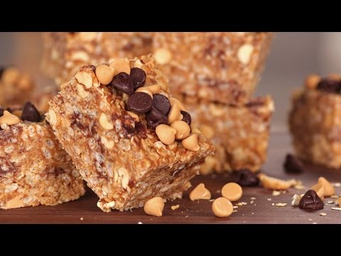 No-Bake Peanut Butter And Chocolate Chip Granola Bars | Get The Dish