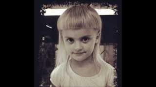 Sixteen Jones, Die Antwoord's daughter♥