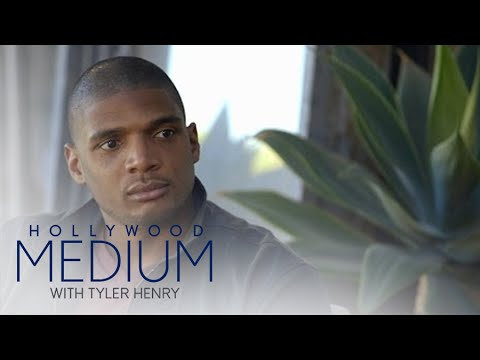 Michael Sam Enlists Tyler Henry to Search for Brother | Hollywood Medium with Tyler Henry | E!