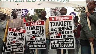 Yunanistan'da göçmenler ırkçı saldırılara karşı yürüdü