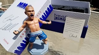 Chuck Liddell MMA Bobblehead Unboxing and Review.