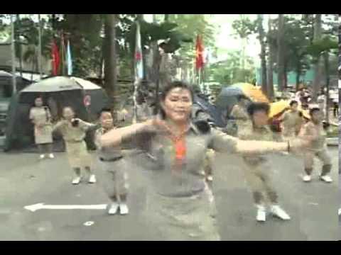 Con cào cào (Múa dân vũ)