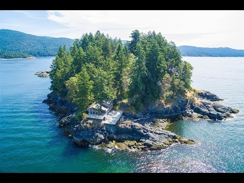Six Acre Island Estate in Sechelt, British Columbia, Canada