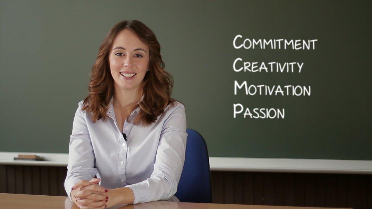 Video curriculum de Lidia - profesora de inglés - YouTube