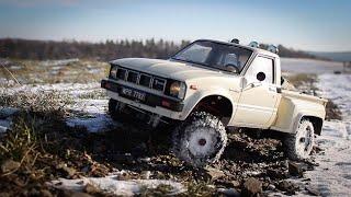 RC TOYOTA HILUX 4WD / VINTAGE TAMIYA 1983 / WINTER OFF-ROAD / BIESZCZADY 2019