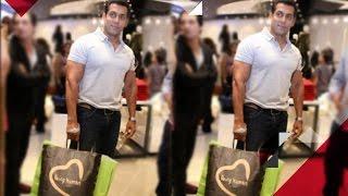 For whom is Salman Khan shopping?   Bollywood Gossip