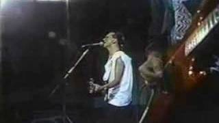 Enanitos Verdes- Aun Sigo Cantando