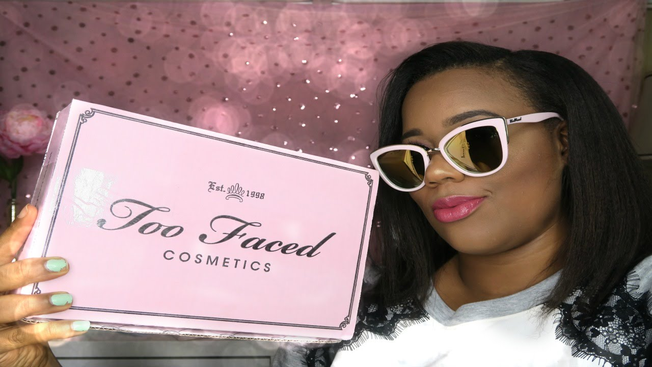 2d1cc1ca347fe Too Faced X Quay Unboxing First Impression