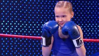 Video Garotinha de 9 anos é um prodígio do boxe e impressiona a todos download MP3, 3GP, MP4, WEBM, AVI, FLV September 2018