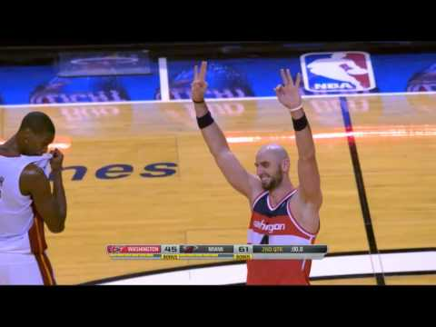 Marcin Gortat beats the buzzer with the (rare) 3-pointer (third in his career)