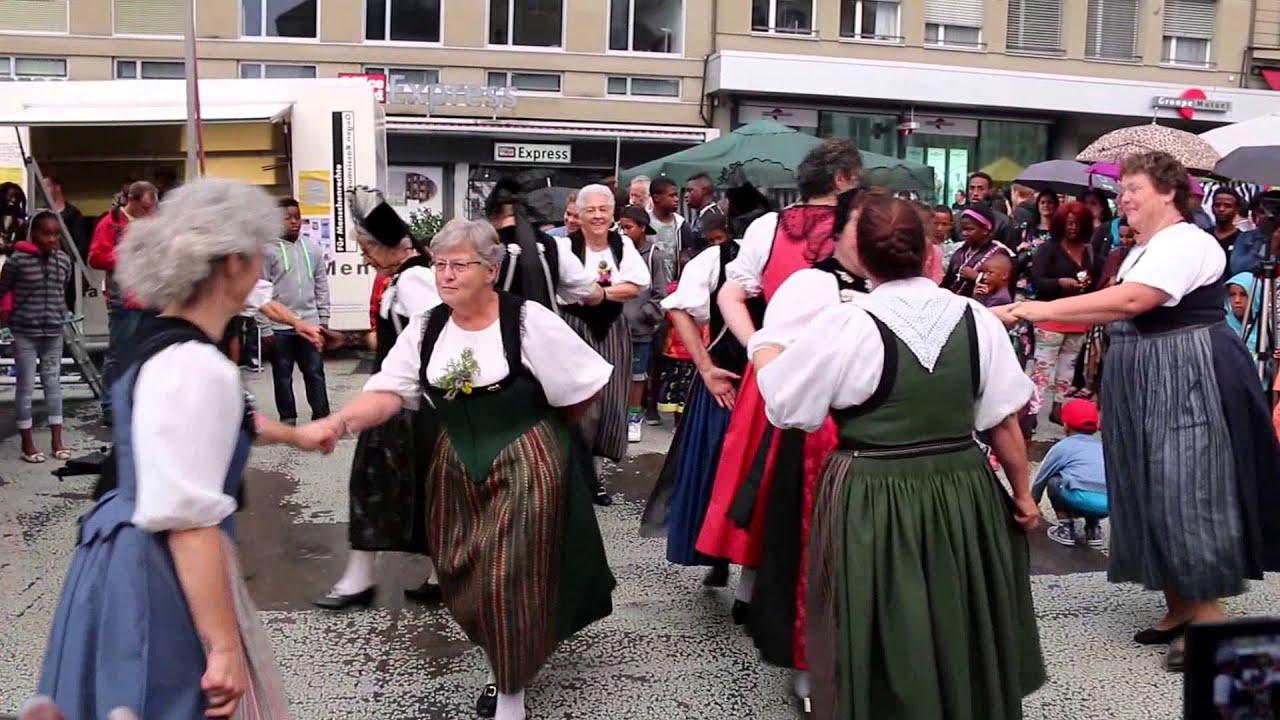 Traditional Swiss dance - old Town Bern Switzerland - YouTube