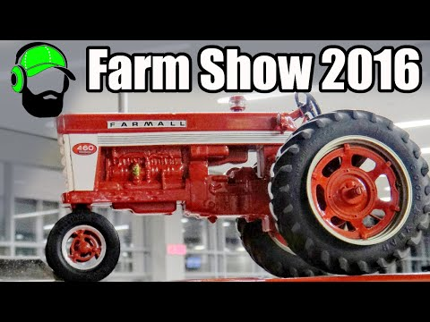 Ottawa Valley Farm Show 2016 - VLOG and sitting in tractors