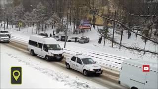Гололёд в России: машины бьются как кегли - Of ice in Russia: the car fight like ninepins