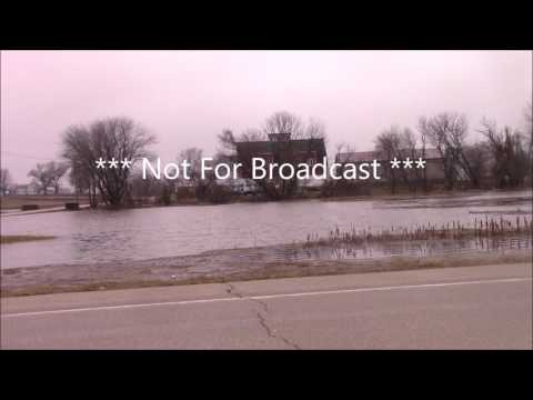 Dennis Becht Colona Illinois Green River Flash Flood Hennepin Canal Flood Levi Break Jan 17 2017