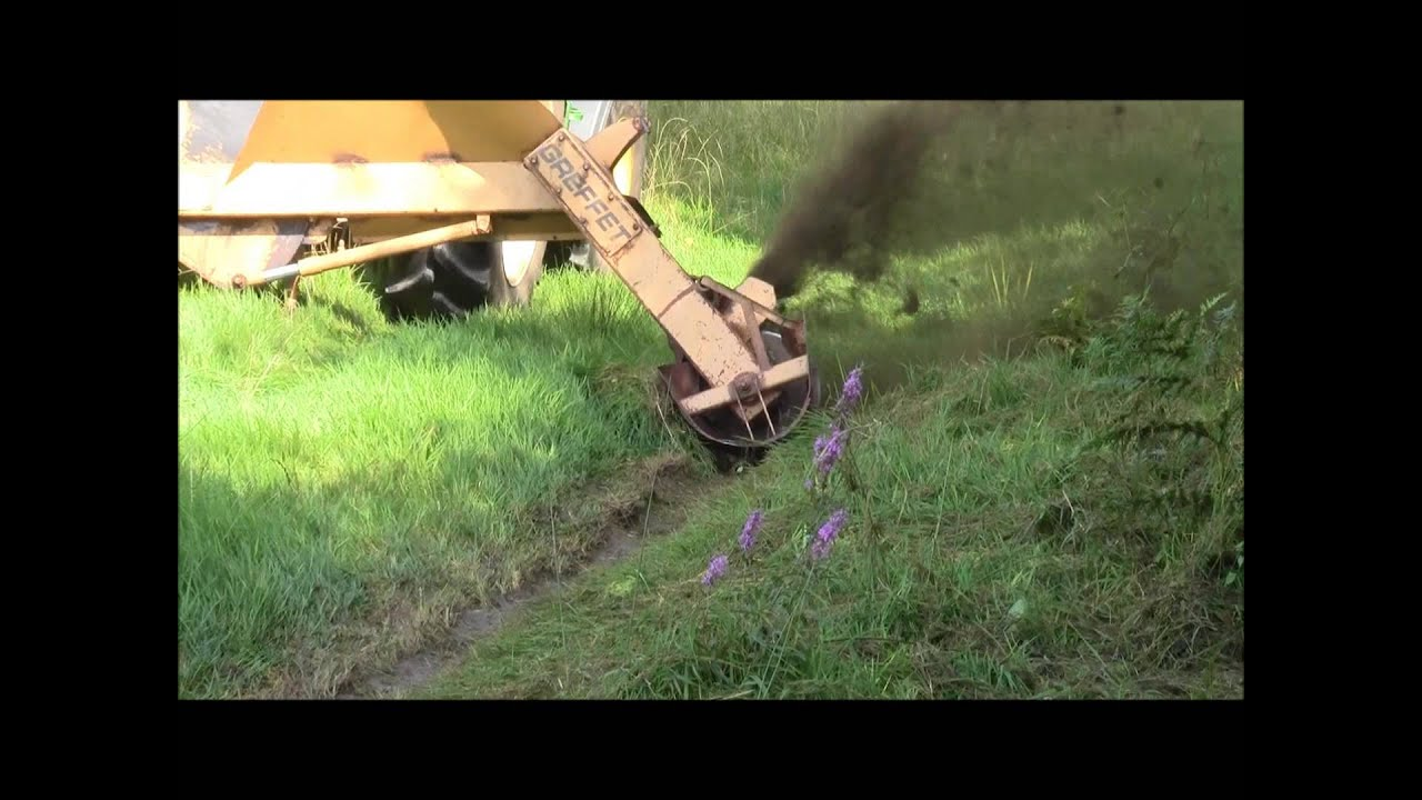 D 233 Monstration Rototrancheuse Youtube