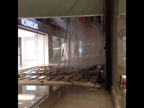 Singapore Jem Mall's Ground Floor Ceiling Collapse - Burst Water Pipes