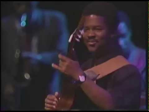Goeoge Benson and Earl Krugh Live in Tokyo Japan on May 15,1988