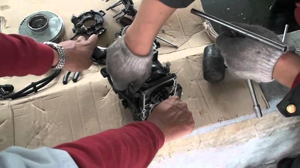 Разборка и ремонт двухтактного лодочного мотора 9.8 л.с.