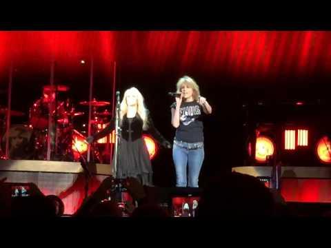 Stevie Nicks & Chrissie Hynde - Stop Dragging My Heart Around