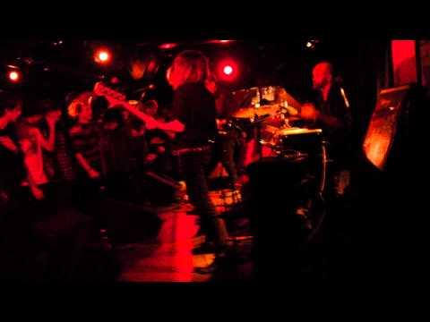 Invasionen - Arvegods (Live på Nefertiti)
