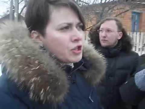 porno-smotret-v-derevnyah-po-roliki-snyala-patsana