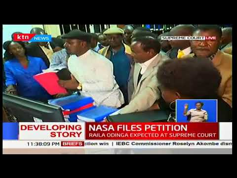 Raila Odinga arrives at the Supreme Court to challenge Uhuru Kenyatta's presidential poll win