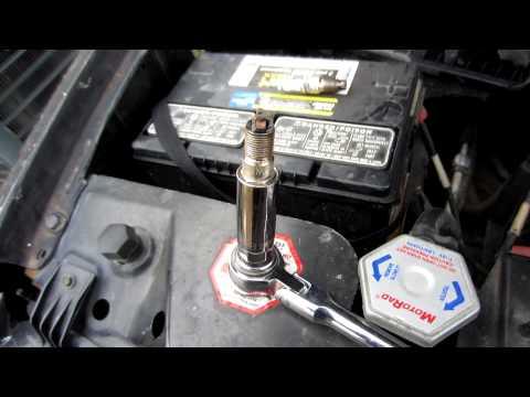 Chevy Tahoe 96 vortec v8 5 7 fuel pressure valve location