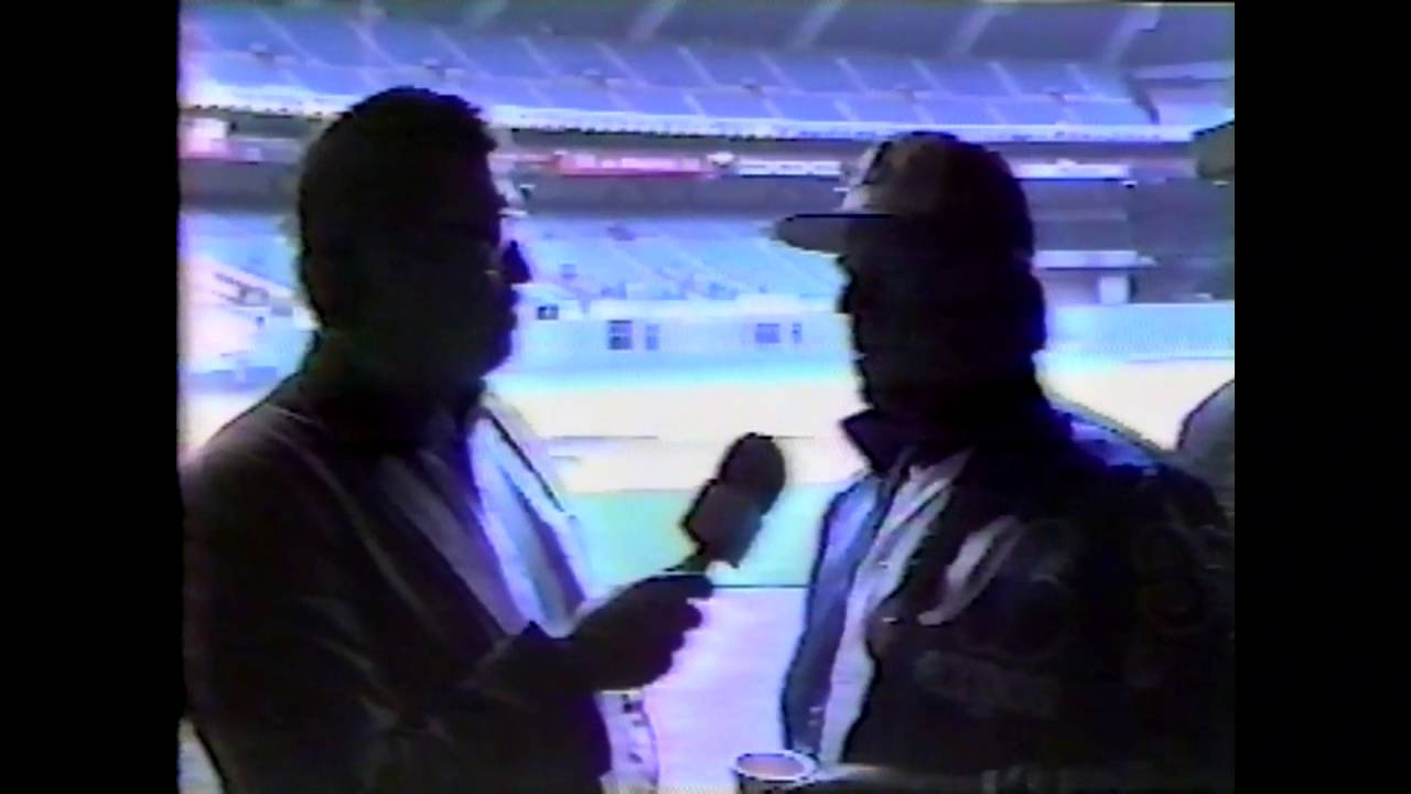 Expos Manager Buck Rodgers  - 1985