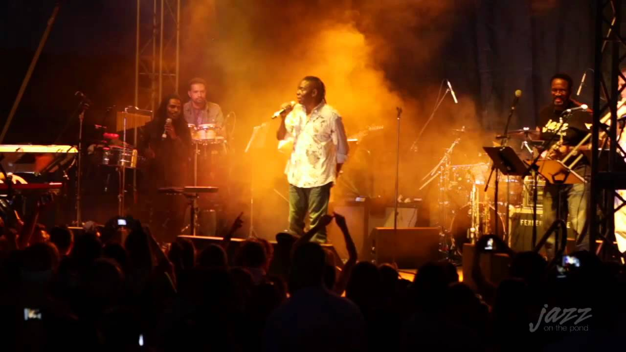 September - Live HD (Philip Bailey / Earth Wind & Fire) - YouTube