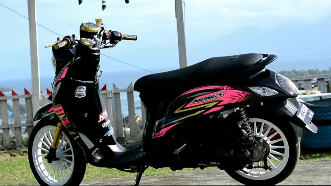 Modifikasi Stiker Motor Fino Premium