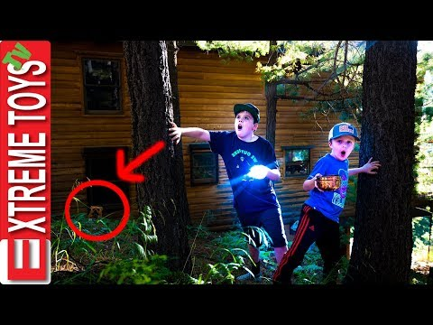 Rescue Cole from the Spooky Cabin in the Woods! Mysterious Creature Invasion