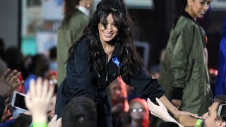 Camila Cabello | Interacting with the Crowd