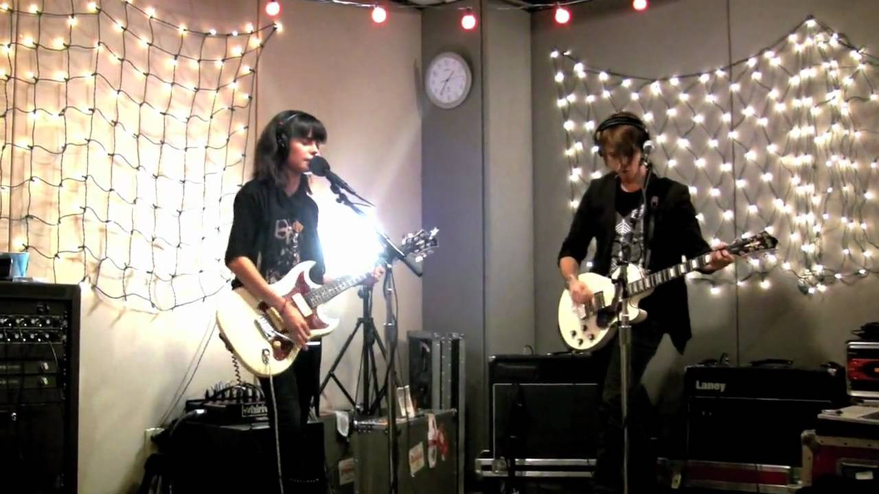 school-of-seven-bells-half-asleep-live-on-kexp-kexp