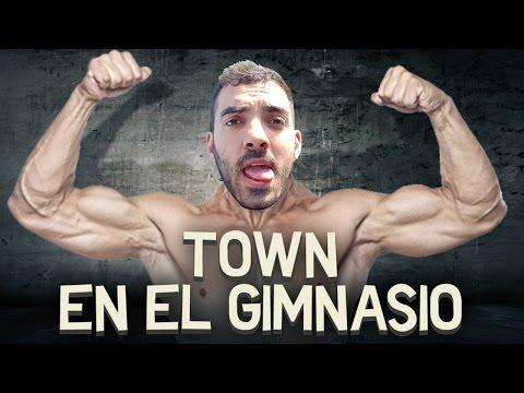 TOWN EN EL GIMNASIO   iTownGamePlay