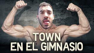 Repeat youtube video TOWN EN EL GIMNASIO | iTownGamePlay