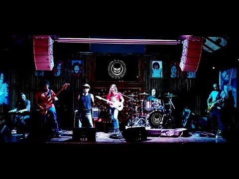 Conheça Dudé e a Máfia, banda de blues rock que tem conquistado os ouvidos da galera