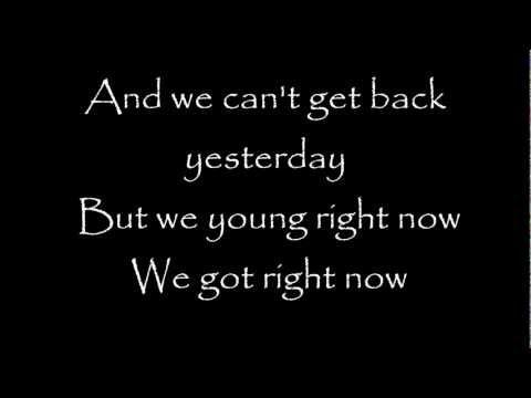 Rihanna - Right Now Feat. David Guetta Lyrics video