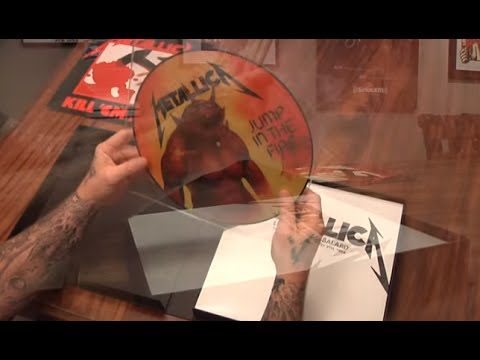 James Hetfield unboxes Kill em All deluxe...
