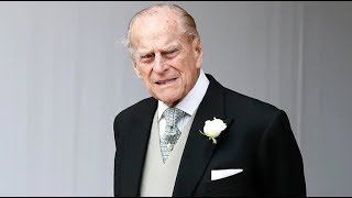 Prince Philip uninjured in car crash thumbnail