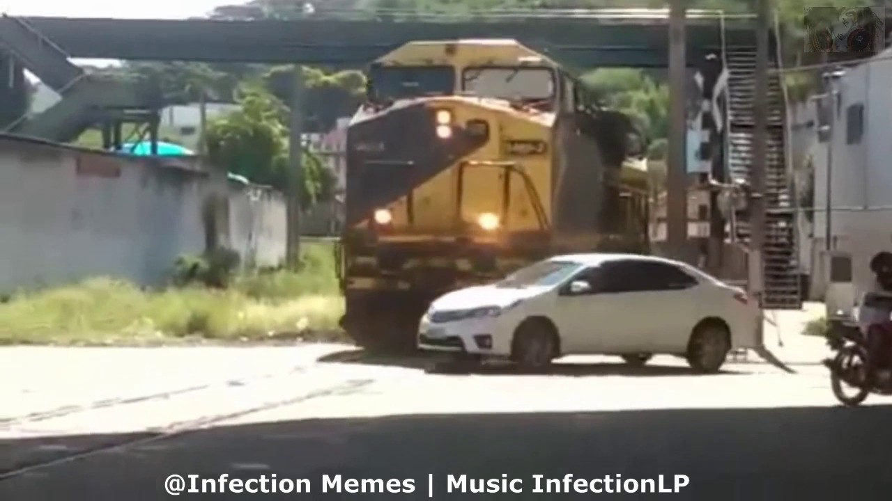 Car Get S Hit By A Train Thomas The Tank Engine Dank Meme Youtube