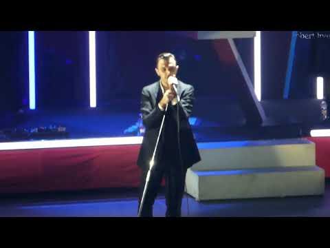 Hurts - Live / Full Concert - Vilnius 2017