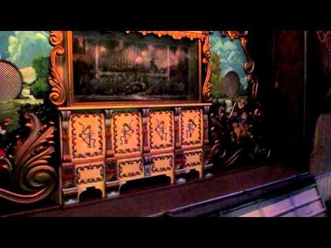 Old Wurlitzer military band organ