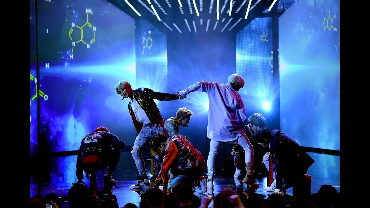 Bts In Ama >> BTS on AMA's Performing DNA - YouTube