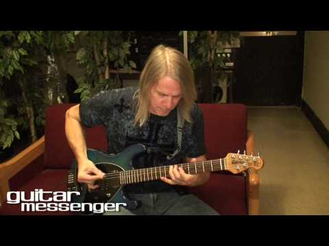 STEVE MORSE Guitar Messenger Interview & Masterclass