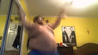 Толстый парень (пародия) / Wiggle (Fat Guy Parody)