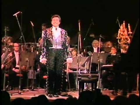 Liberace and the London Philharmonic Orchestra